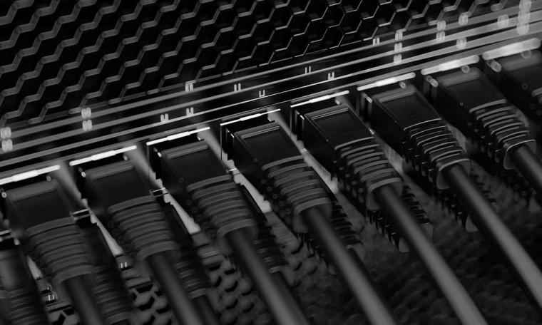 خدمات کامپیوتر و شبکه و سخت افزار