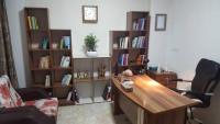 منشی دفتر